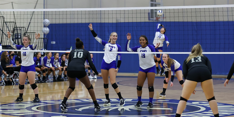 10.5.20 CSN Varisity VB vs PRHS - Senior Night-13.jpg