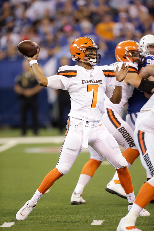 . Cleveland Browns quarterback DeShone Kizer (7) throws against the Indianapolis Colts during the second half of an NFL football game in Indianapolis, Sunday, Sept. 24, 2017. (AP Photo/AJ Mast)