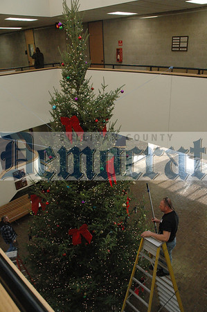 SC Government Center Party & Xmas Tree