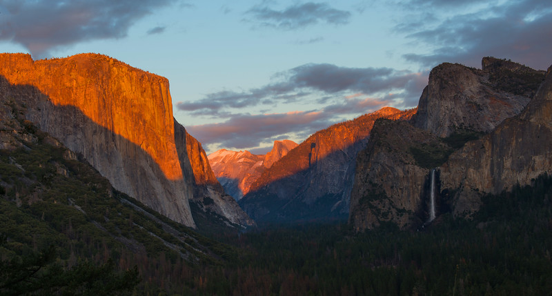 Tunnel View At Sunset, Yosemite National Park