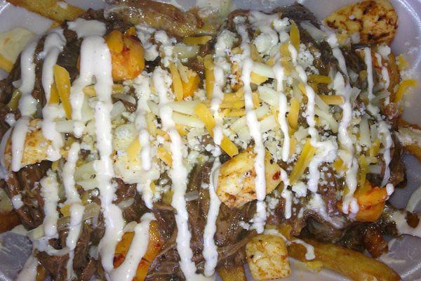 EatDrinkJax_taste_buds_express_poutine.jpg