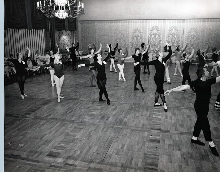 Dance_1292_a.jpg