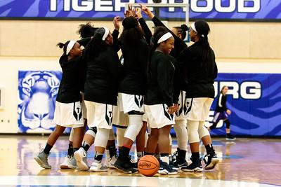 2018-12-05 -- Twinsburg Girls Varsity Basketball vs North Royalton Girls Varsity Basketball