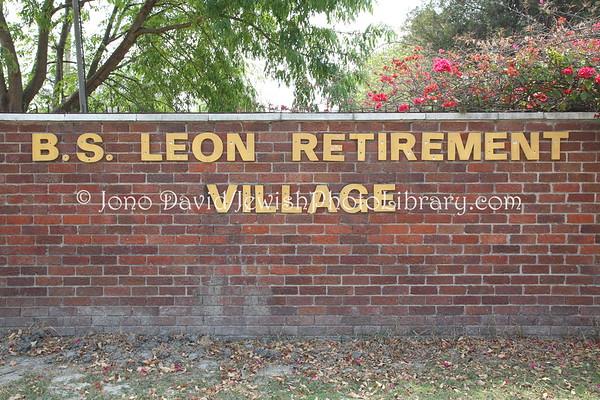 ZIMBABWE, Harare. B. S. Leon Retirement Village (8.2012)
