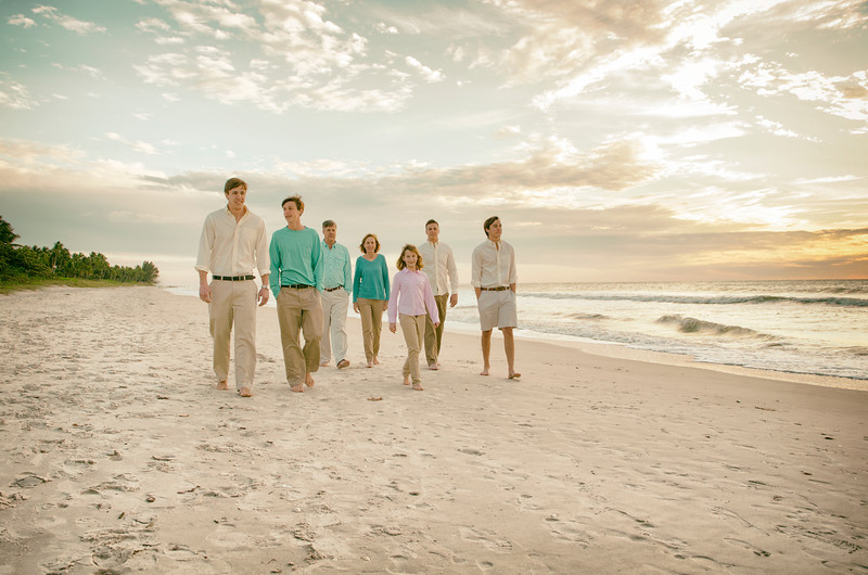 Michelle's Family Pictures _ Naples Pier 136.JPG