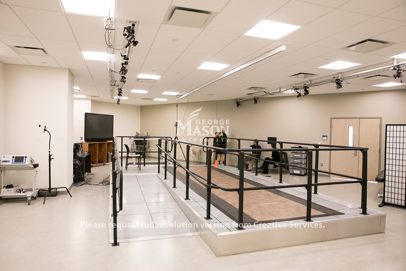 Rehabilitation Lab, Peterson.  Photo by:  Ron Aira/Creative Services/George Mason University