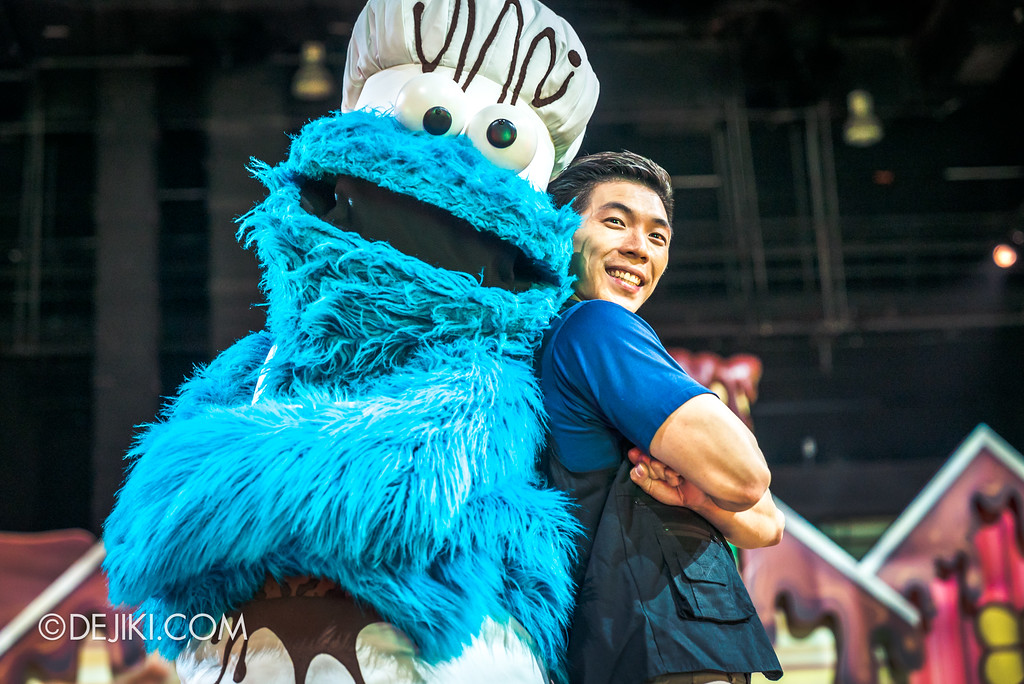 Universal Studios Singapore Park Update 2017 - Chocolate Adventure event - Chocolate Garden characters - Cookie Monster and Chocolate Man