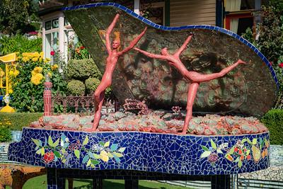 03_Akaroa NZ - Art Garden