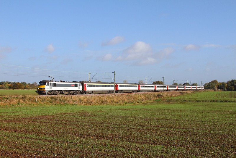 90008 on the 1P23 0900 Norwich to Ingatestone at Kelvedon on the 21st October 2017.JPG