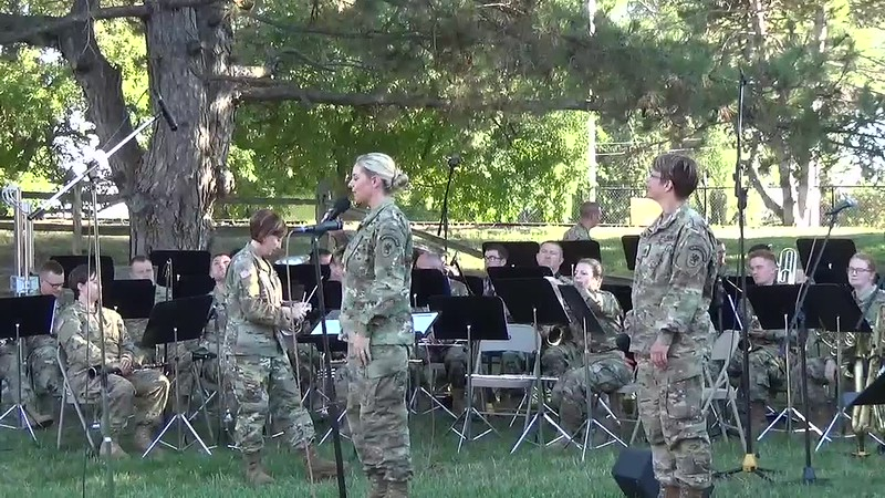 2018 Video - 126th Army Band Concert at the Zoo - Show Time by Heidi 009.MP4