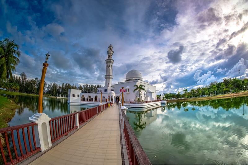 Masjid Tengku Tengah Zaharah, Kuala Terengganu