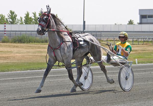Hooray For The Gray's Race at Harrah's Philadelphia