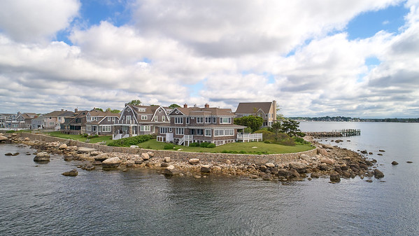 8 Clubhouse Pt.  :: Groton Long Point