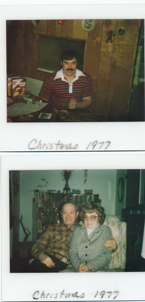 Christmas 1977.jpg