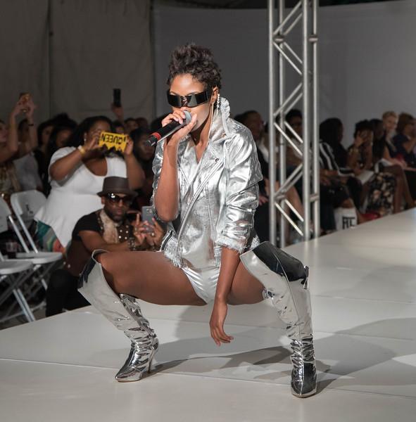 FLL Fashion wk day 1 (57 of 134).jpg
