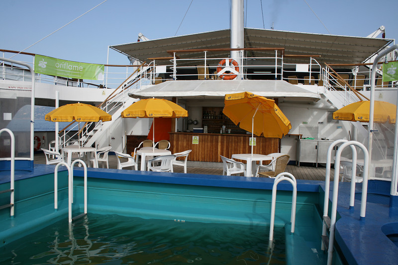 On board T/S FUNCHAL : small swimming pool and Lido bar.