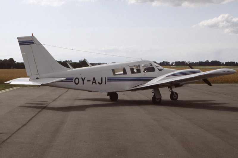 OY-AJI-PiperPA-34-200Seneca-Private-1998-08-02-FG-29-KBVPCollection.jpg