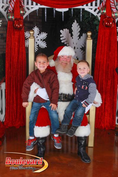 Santa 12-10-16-328.jpg