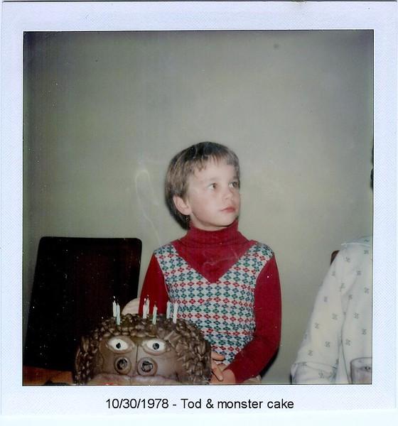 1978-1030-Tod-MonsterCake-8thBirthday.jpg