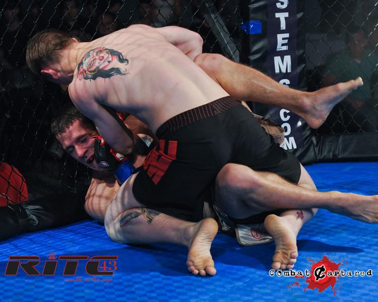 RITC43 B05 - TJ Penner def Brendan Blacquier_combatcaptured-0025.jpg