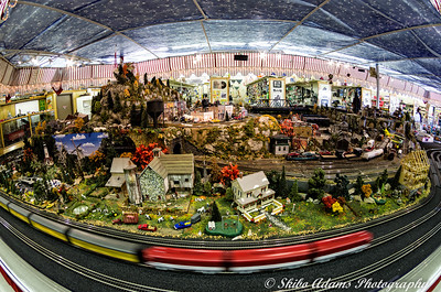 Bevell's Hardware Miniature Train Display