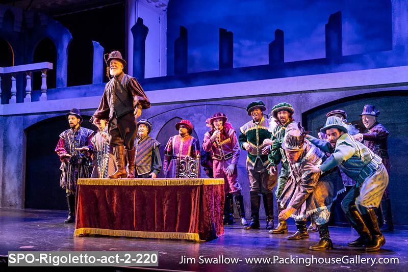 SPO-Rigoletto-act-2-220.jpg