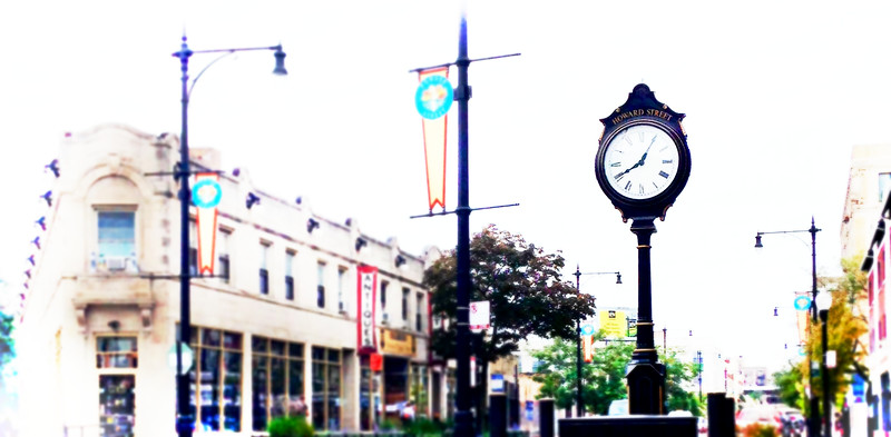 Howard Street Clock1.jpg