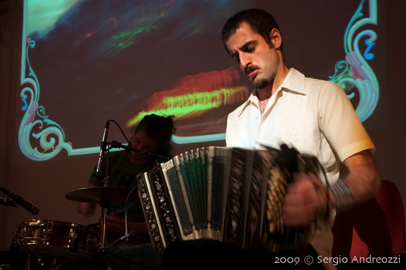 Red Milonga: Omar Massa from Otros Aires, bandoneon