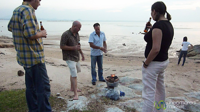 How Many Farangs (Foreigners) Does it Take to Get a BBQ Going? Koh Samui, Thailand