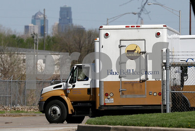 listeria-contamination-in-blue-bell-plants-goes-back-2-years