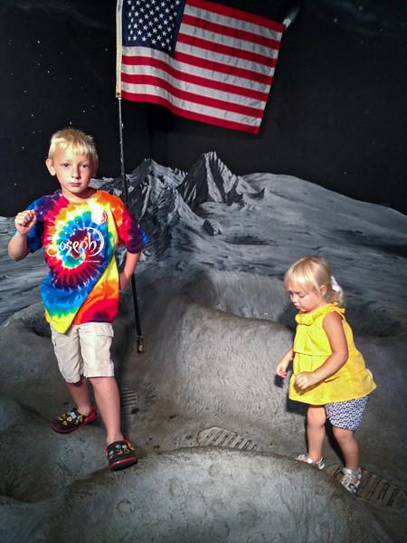 TR and Pebbles at Exploreum 6 21 2012