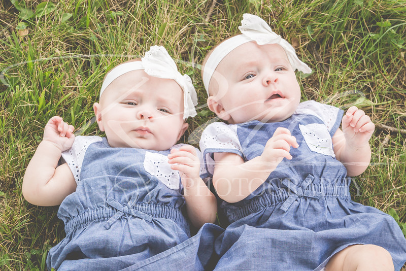Twins3Months-102.JPG