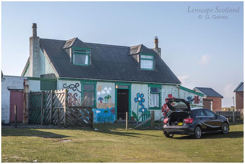 Psychedelic corrugated iron house, Scarinish