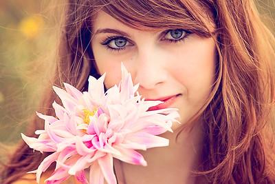 LAKESIDE FLOWERCHILD