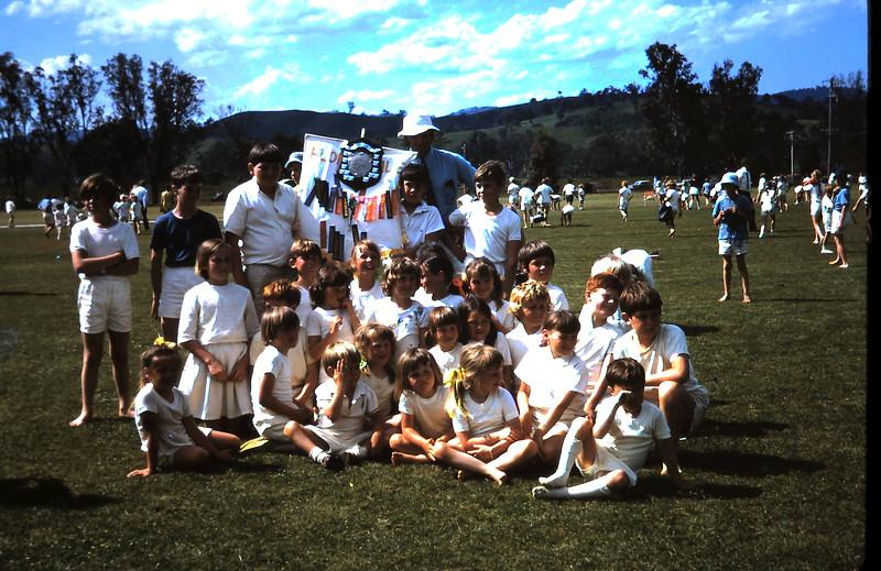 1971-11-5 (17) Yea sports.JPG