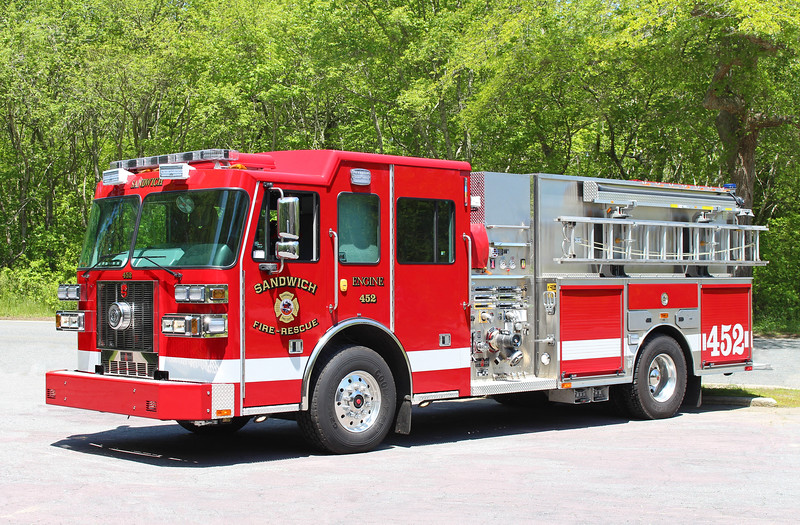 Engine 452   2014 Sutphen   2000 / 1500