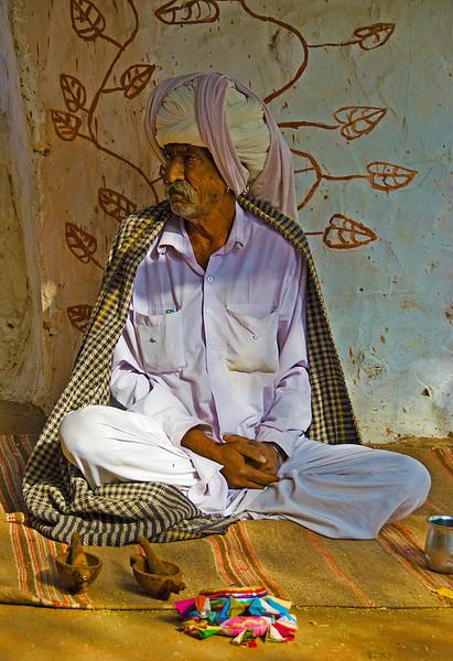 India-2010-0212A-51A.jpg