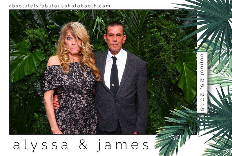 Absolutely_Fabulous_Photo_Booth - 203-912-5230 -180825_191109.jpg