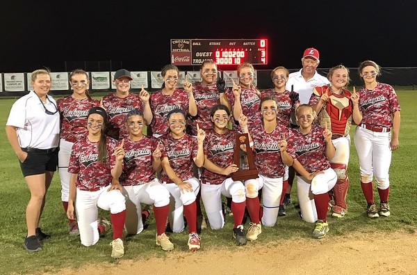 Lafayette softball district championship