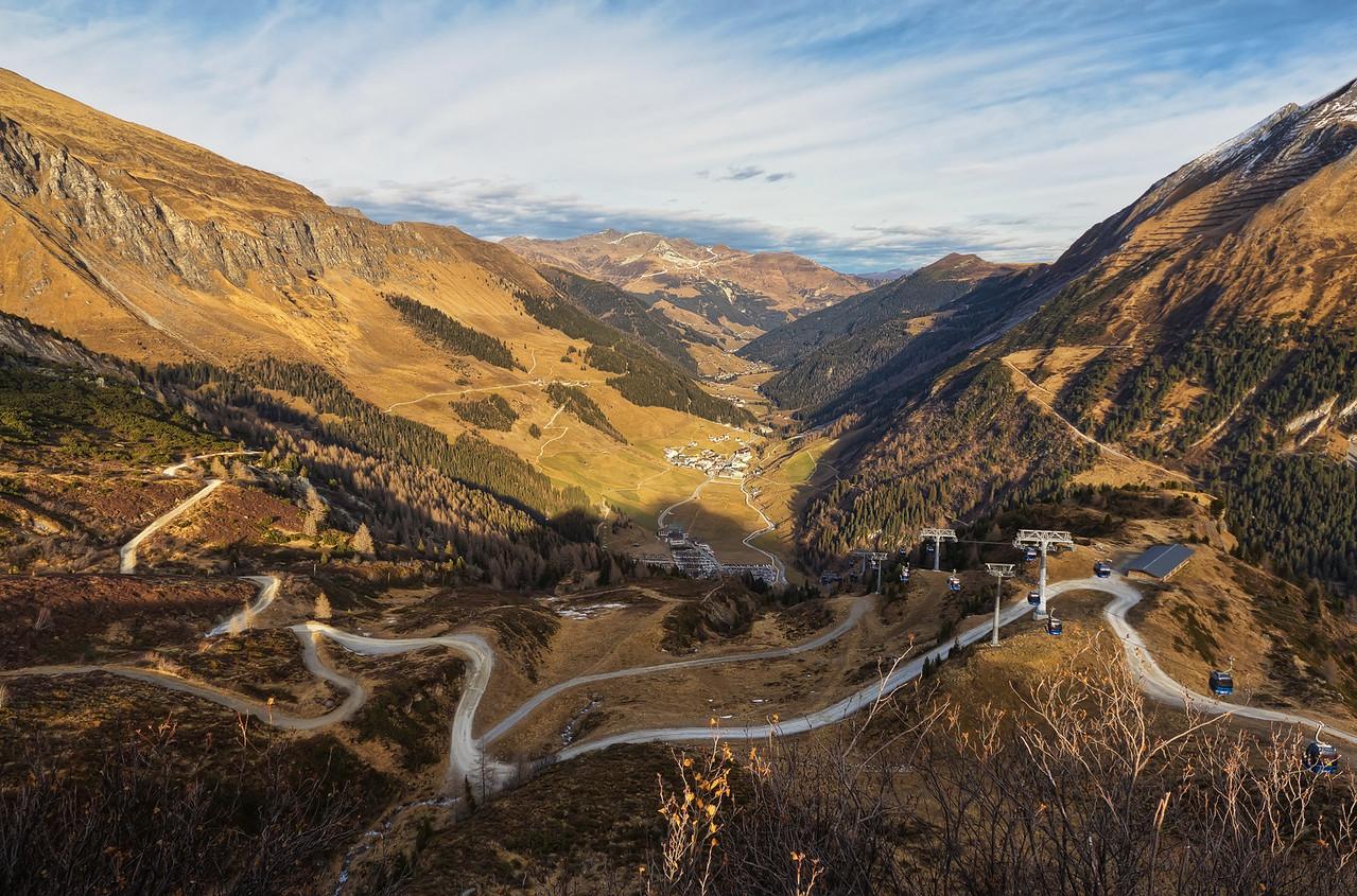 Tangled Road