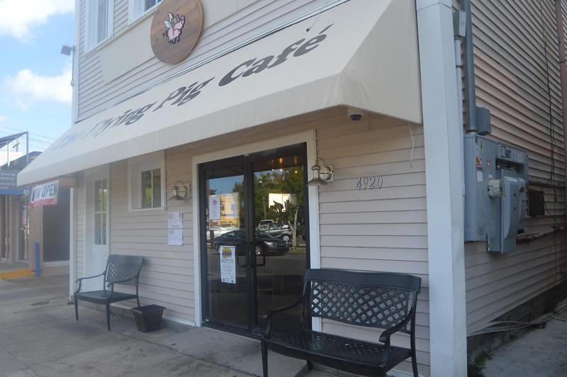 146 Flying Pig Cafe.JPG