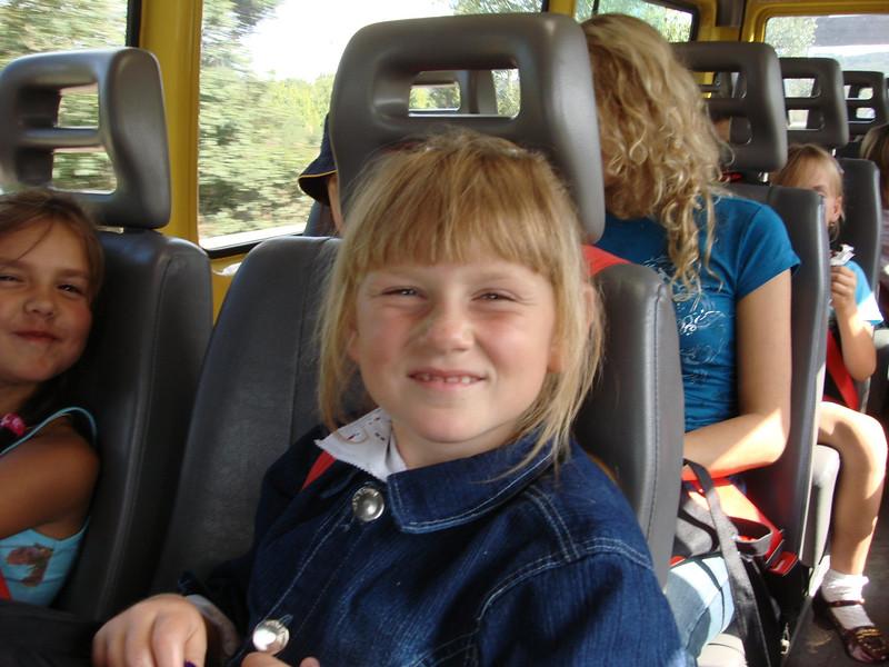 girls busJPG_8.jpg