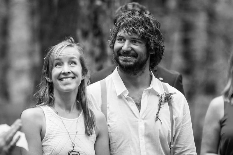 Anna&Jeff_0076-BW.jpg