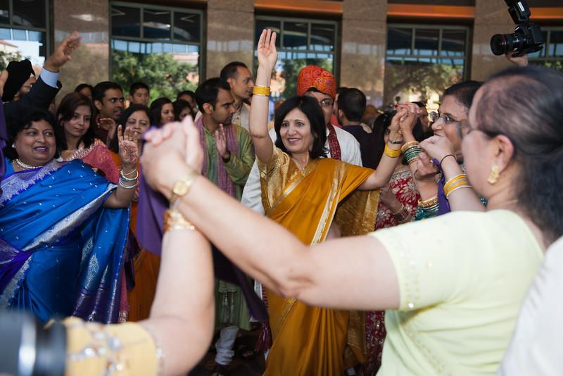 Shikha_Gaurav_Wedding-575.jpg
