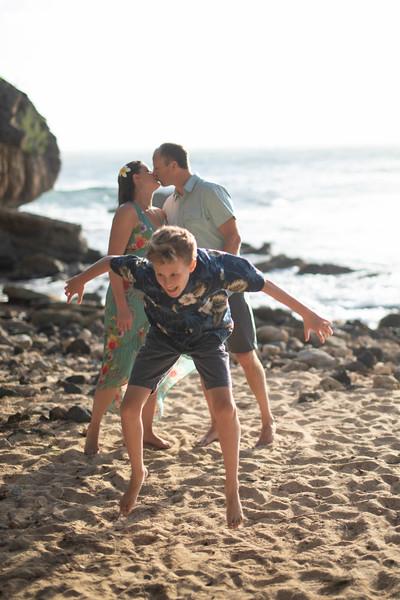 Kauai family photos-77.jpg