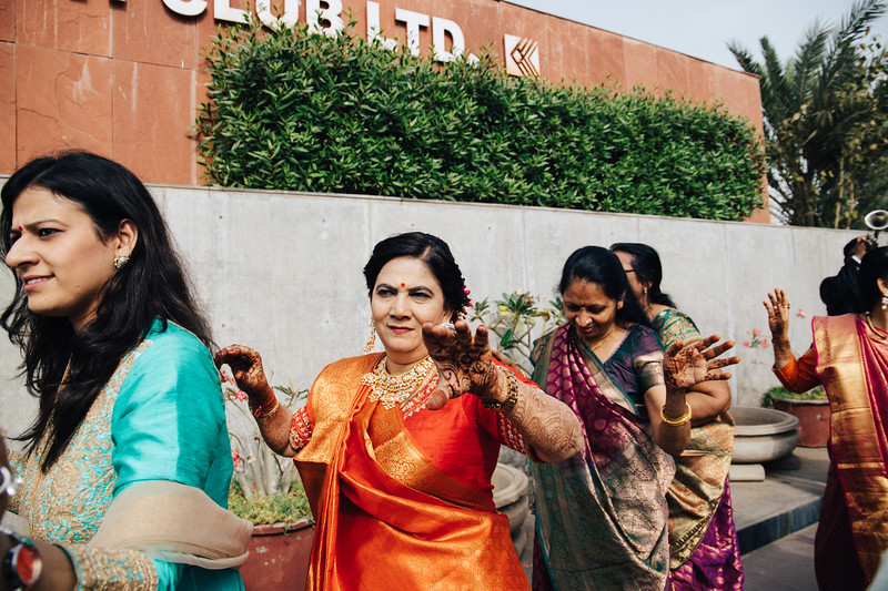 Poojan + Aneri - Wedding Day EOSR Card 1-0306.jpg