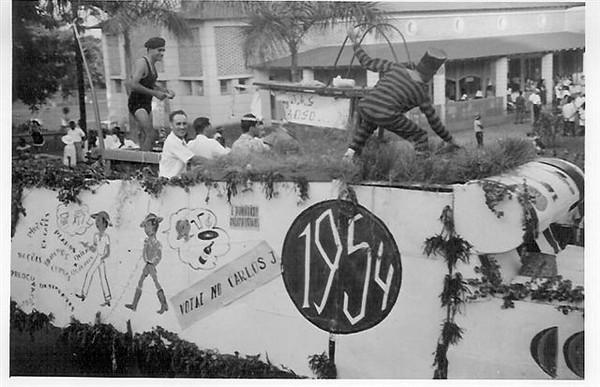 Andrada 1954 Em frente a' Casa do Pessoal