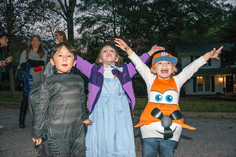 Halloween on Runnemede-14.jpg