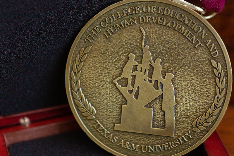 OA Medallion_0011.jpg