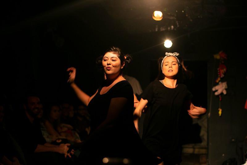 Allan Bravos - Fotografia de Teatro - Indac - Migraaaantes-133.jpg